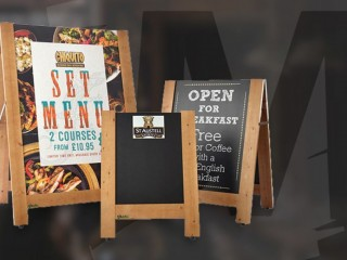 Advantages of outdoor displays & signage